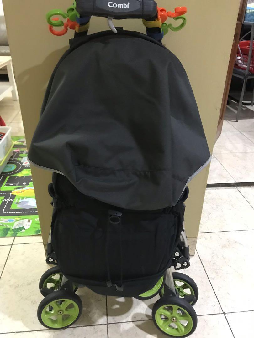 Stroller Combi Ampio bekas Hijau