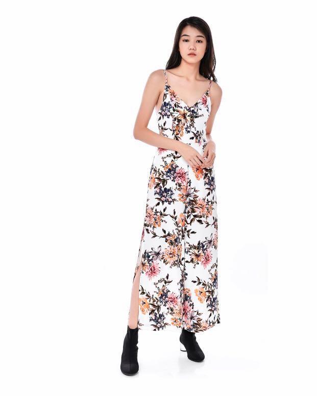 b961ce1b2266 TEM Rumi floral jumpsuit, Women's Fashion, Clothes, Rompers ...