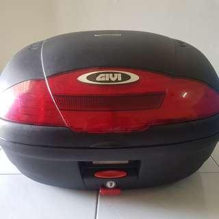 GIVI E450N MONOLOCK TOP CASE BOX (WITHOUT BRAKE LIGHT) SIMPLY II