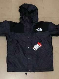 The North Face - 1990 Mountain Jacket - size M