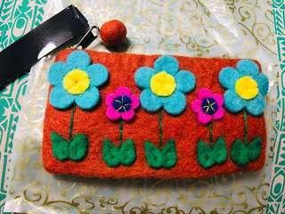 🚚 手做 尼泊爾 小花羊毛氈 收納包 化妝包 鉛筆盒 長夾