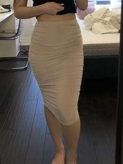BNWT Boohoo Ruched Midi Skirt