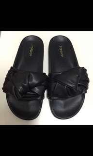 全新 TOPSHOP 拖鞋/涼鞋 sandals