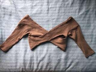 s nude crisscross crop top, mid-sleeve