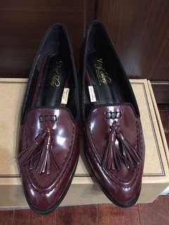 🚚 D+AF SHOES 漆皮簡約樂福鞋(酒紅色)