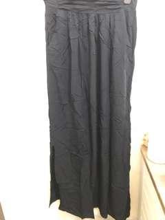 Skirt black pantai newlook