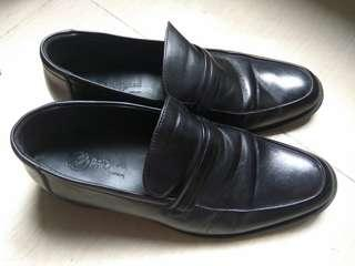 新淨男裝皮鞋