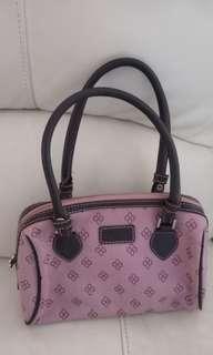 Kiyto handbag