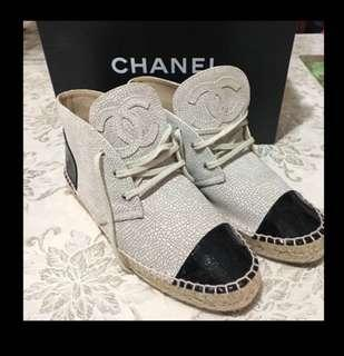 🚚 Authentic Chanel High Top espadrilles