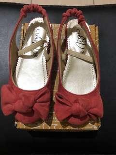 Sepatu Princess Pink