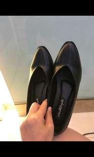 #HBDSALE Adorable Shoes