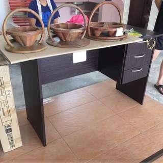 ‼️Stock Clearance‼️ - 4ft Study Desk with 3 Drawer (Surface Defect)