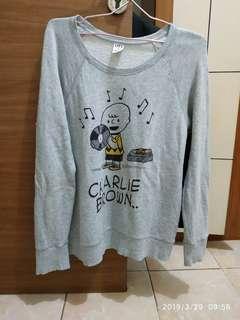 #liburanhemat Sweater peanuts uniqlo original