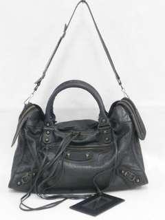 10e399a587 balenciaga city classic | Handbags | Carousell Singapore