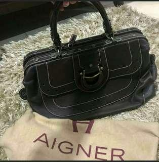Turun harga! Aigner Bag Authentic