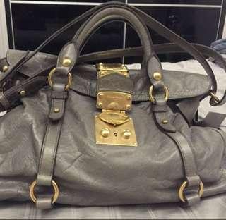 🚚 Authentic miu miu bow bag in grey