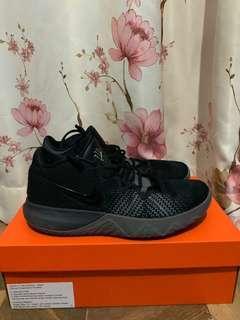 Sepatu Basket Nike Kyrie