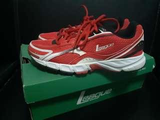 League sneakers