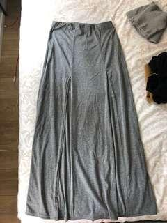 Grey slit skirt