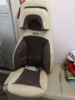 OTO Massage Chair 頸膊鬆,,按摩椅,按摩器,原價3000元,新舊如圖,少用,現1500元