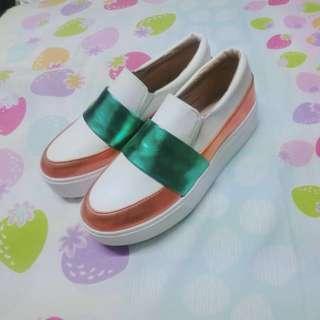 🚚 (全新)金屬邊厚底鞋(與范冰冰同款)