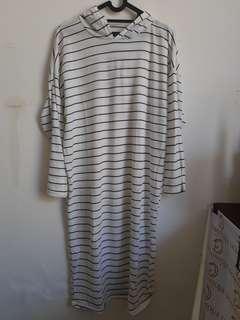 Long dress stripes