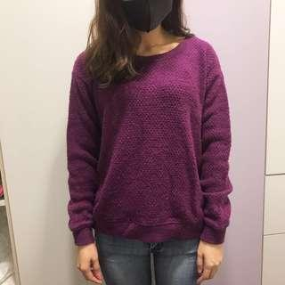 🚚 Uniqlo 紫色毛衣