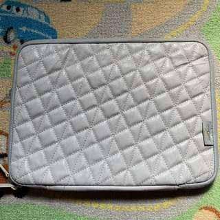 Onecase Quilted leather soft case
