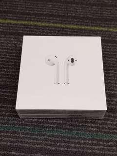 🚚 BNIB Sealed Apple Airpods