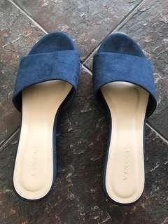Vincci shoe size 5