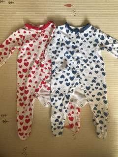 sleepsuit motif hearts