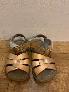 Saltwater Sandals US Size 7