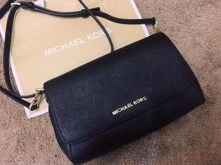 全新 美國購入 正品 Michael Kors MK 防刮 十字紋 黑色 斜背包