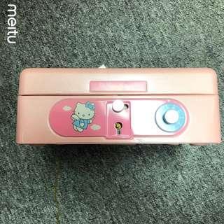 日本1999年限定版Hello Kitty手提夾萬(Sanrio)