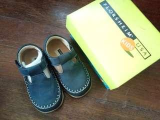 SHOES (6inches long) TODDLER FLORSHEIM U.S.A
