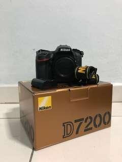 🚚 Nikon D7200 body