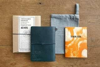 🚚 Traveler's Notebook Ace Hotel 限定 藍色 護照尺寸