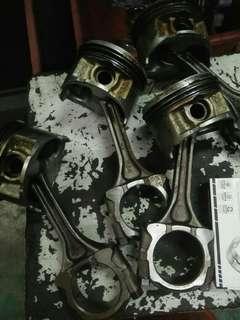 Piston set conrod honda B18 utk dijual 0182252248