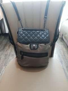 🚚 Leather backpack brand A~Z