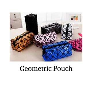 Geometric pouch