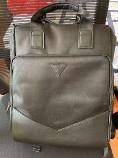 🚚 Macallan laptop backpack