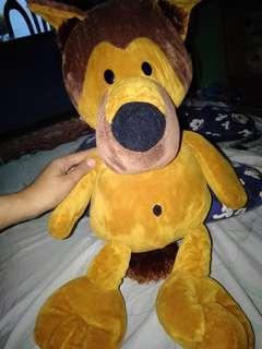 Boneka Anjing Besar