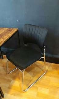 透氣網狀餐椅背
