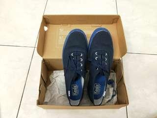 🚚 Keds Navy Blue High Sneakers 37.5