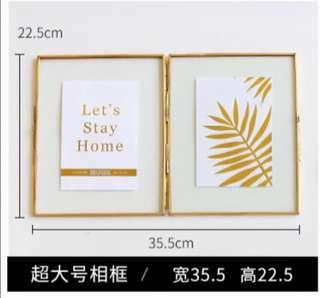 [Rental] Gold plated double photo frame