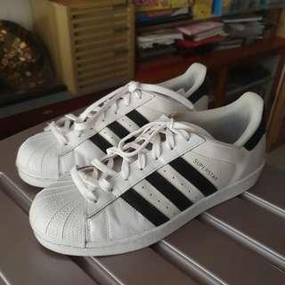 🚚 Adidas Superstar Shoes