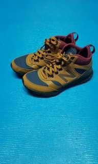 New balance shoes 90%new