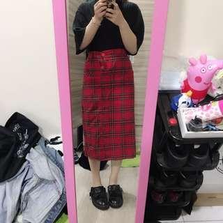 🚚 紅色格子裙