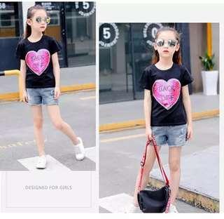 🚚 Paragraph color change love flip sequins girls shirt