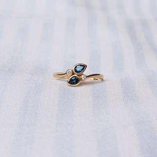 CLOSE TOGETHER SAPPHIRE DIAMOND GOLD RING